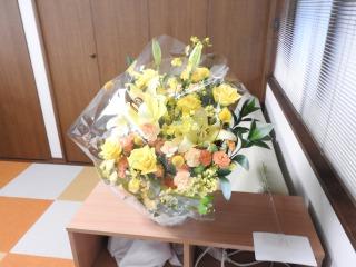 開店祝い花-学校の生徒